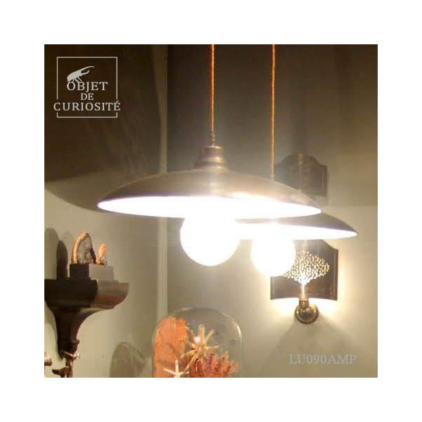 Industrial hanging lamp + giant bulb