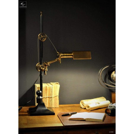 Locomotive lamp