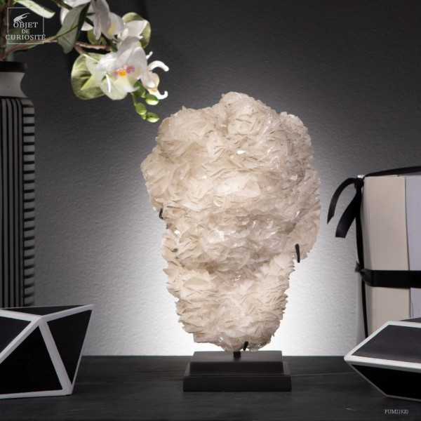 white Baryte from La croix-Blanche in...