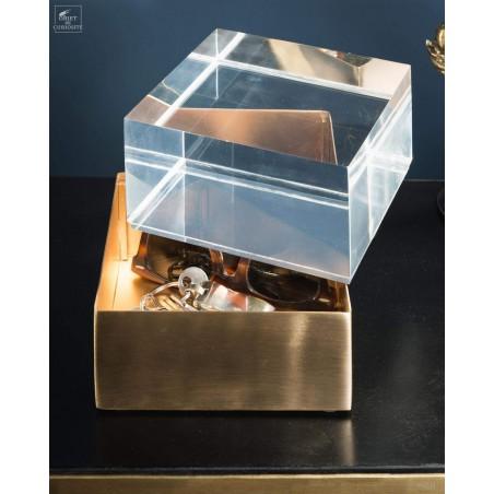 Boite acrylique et laiton carrée